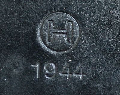 Swiss Case H1944 00.jpg